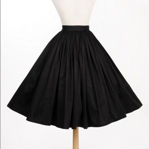 Pinup Girl Clothing Jenny Skirt in black. 2XL